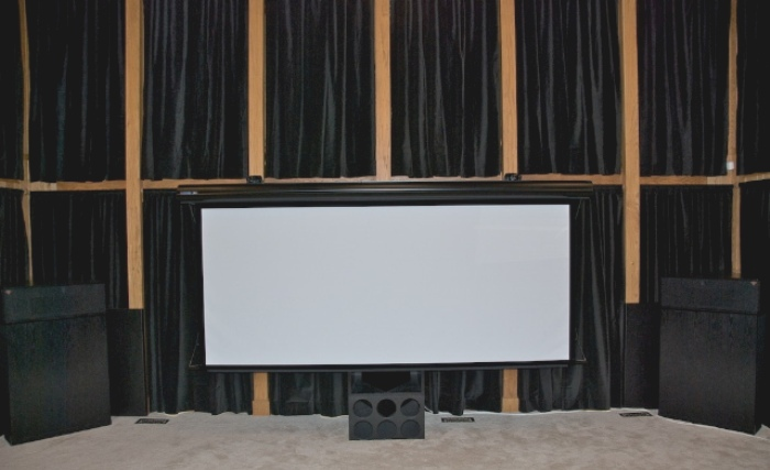 Press // Fanboy Installs: Retractable Center Stage Screens